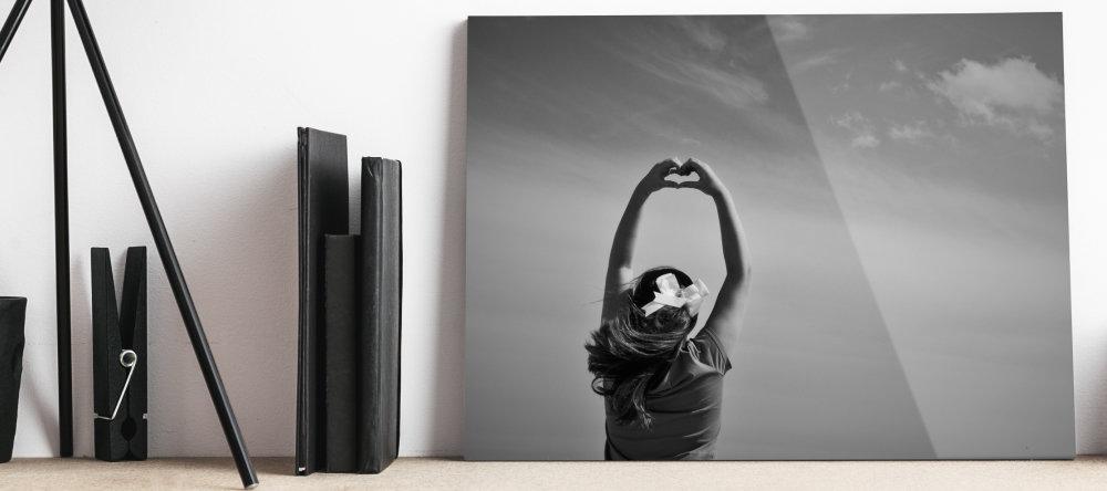 can acrylic photo prints enhance photos
